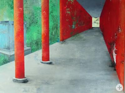 """""""Lichtblick"""" von Brigitte Storch - Ein über die Bildfläche diagonal verlaufender Raum, der mit zwei roten Säulen und roten Wänden gesäumt ist"""